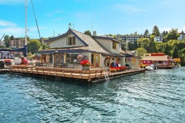 Luxury Houseboat Sold for over 2 Million