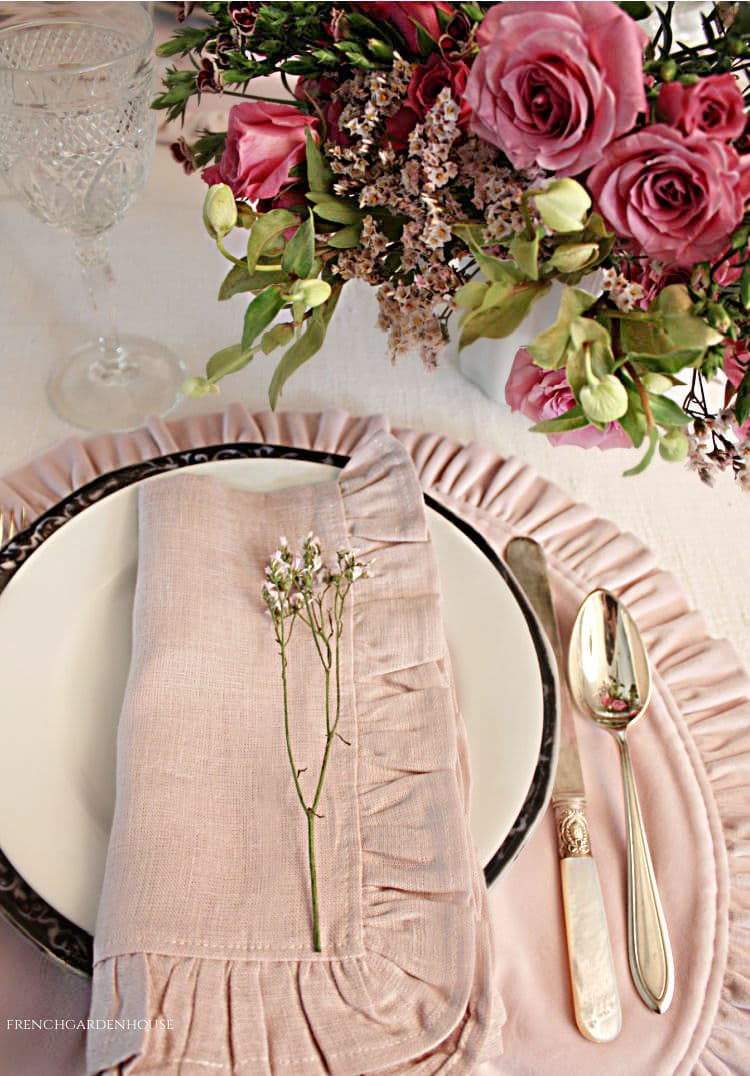 pink Spring Table setting