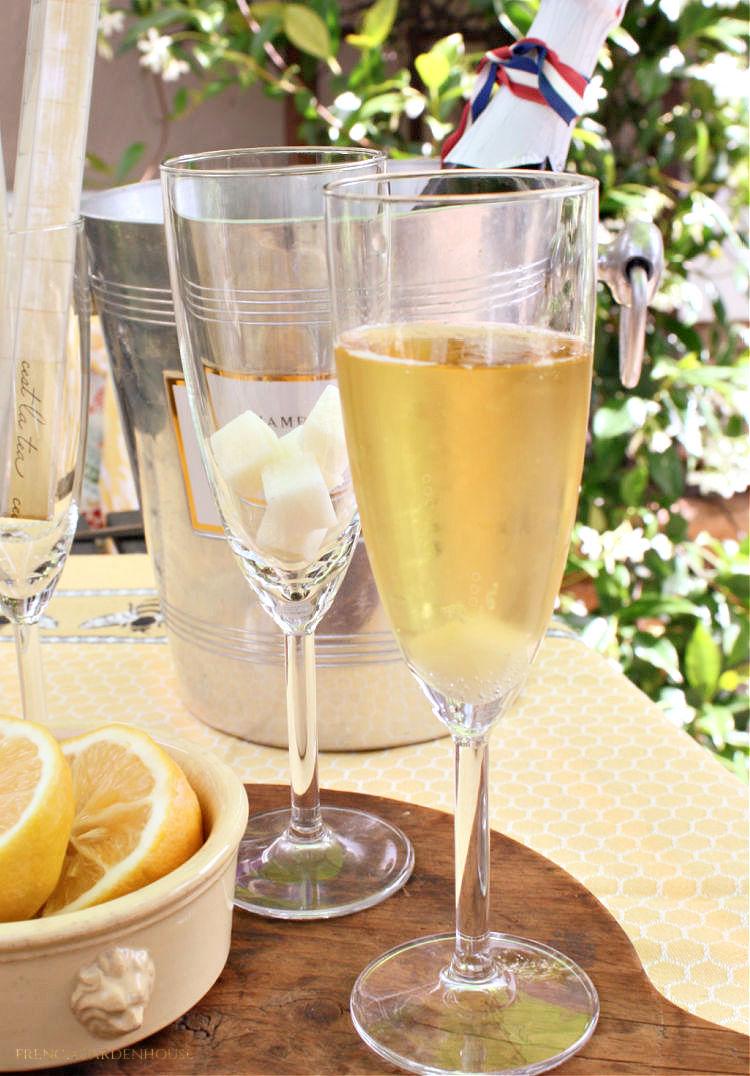 Make an Elegant French 75 Cocktail