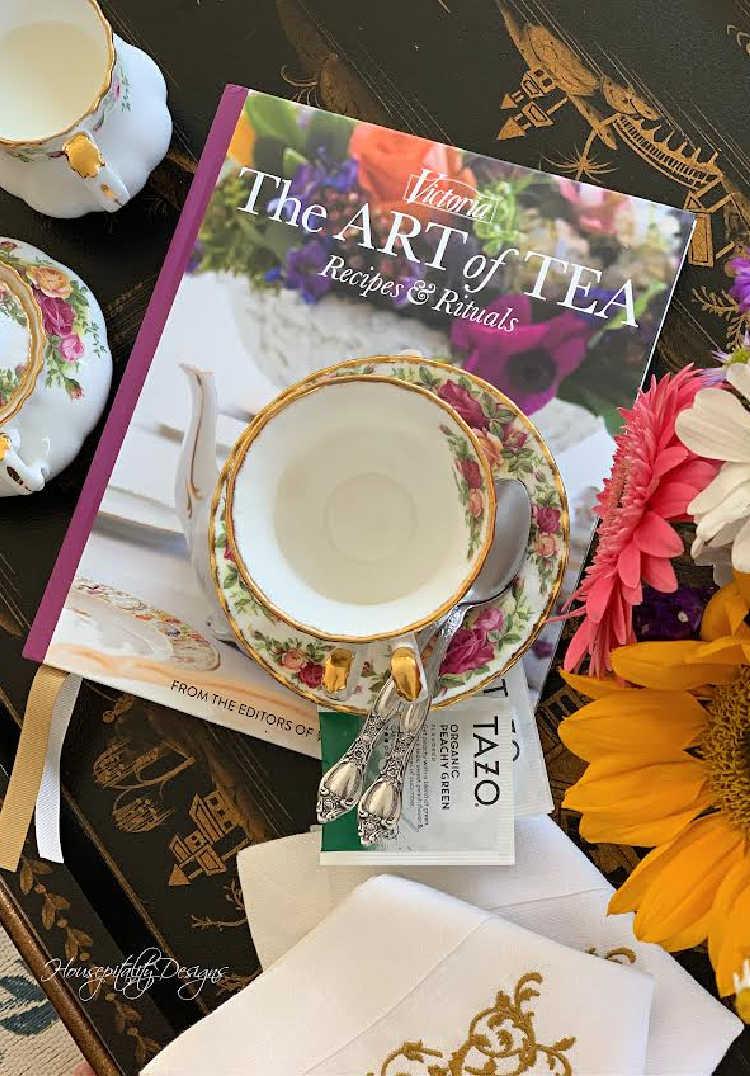 Fall tea table
