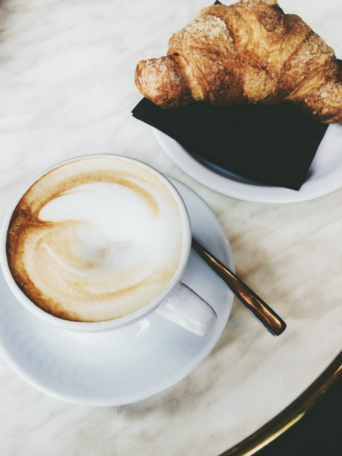 FAVORITE COFFEE SHOPS IN PARIS