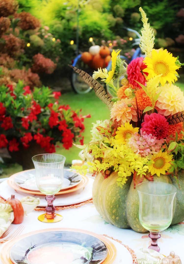 outdoor pumpkin table setting
