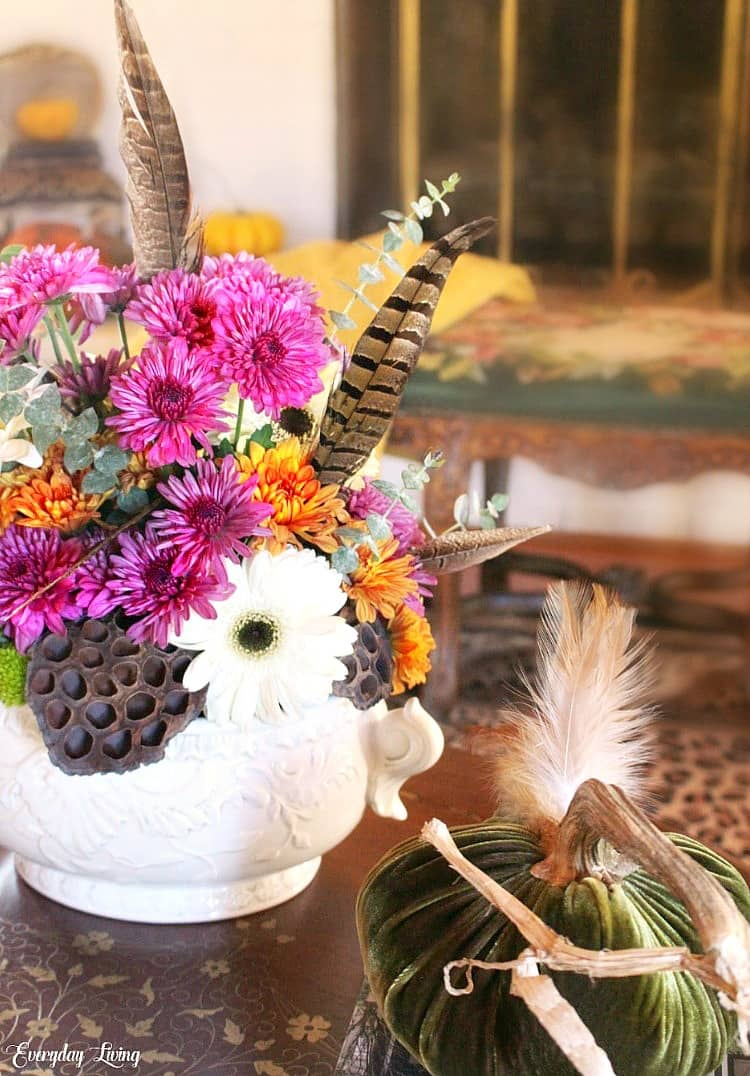 fall floral centerpiece feathers
