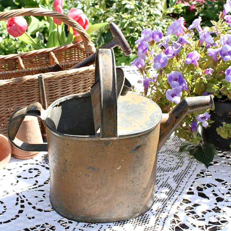 Collecting Garden Antiques