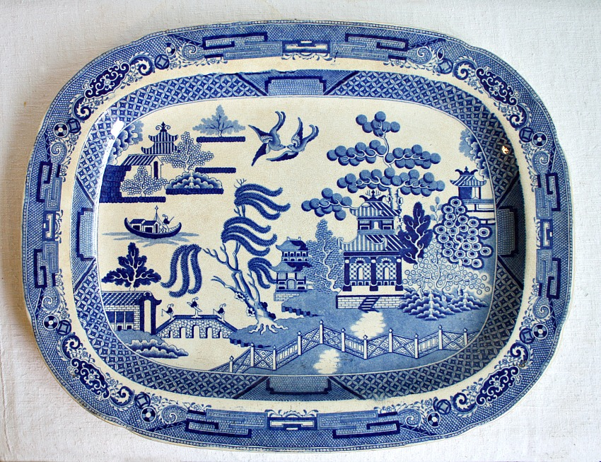 Antique Staffordshire Blue Willow Platter Early 19th century