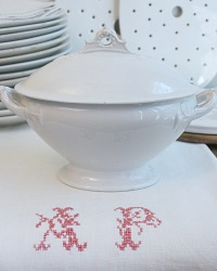 19th Century English White Ironstone Footed Tureen