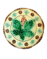 19th Century Majolica Plate with Chestnut Leaf