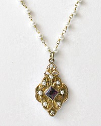 Antique La Belle Keepsake Locket Necklace