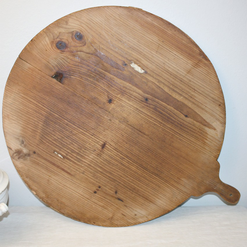 Antique French Country Round Boulangerie Breadboard