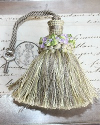 Petite Trianon Green Decorative Tassel