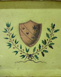 Toleware Hand Painted Tray Laurel Oak Coat of Arms