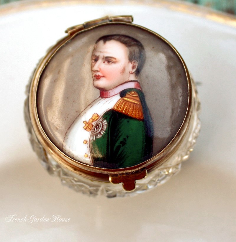 Antique Lidded Patch Or Snuff Box With Enamel Napoleon