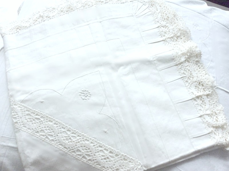 Antique White Lace Unused Euro Shams Pair