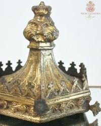 Antique Gothic Architectural Element Crown