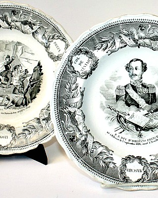 Antique French Creil et Montereau Faience Military Royal Cabinet Plate Set of 3 Lebeuf