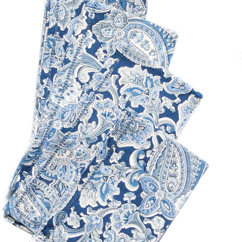 Blue & White Paisley Tablecloth and Napkin Set