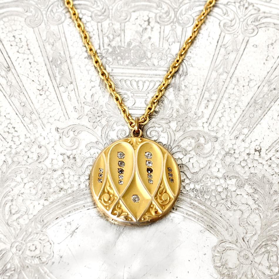 Antique Art Nouveau Locket Heart