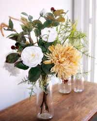 20% OFF-Blanc Rose de Bourgogne Floral Arrangement
