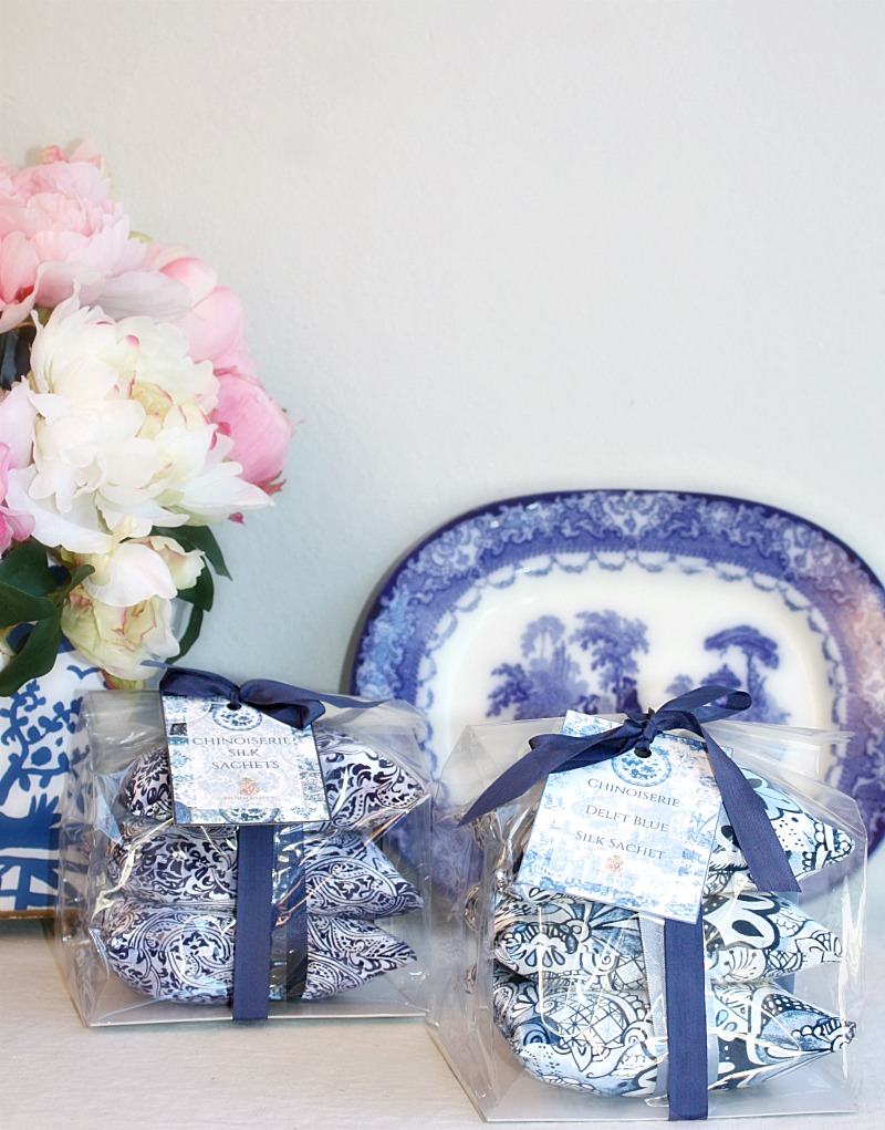 Luxurious Silk Sachets Gift Set Blue Chinoiserie