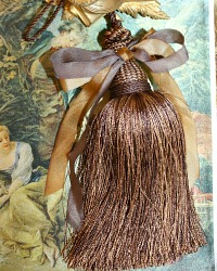 French Chocolat et Caramel Brown Silk Ribbon Tassel