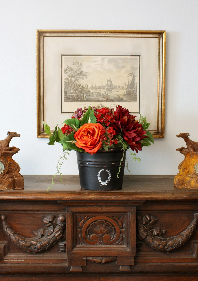 Country Avallon Rose Hydrangea Arrangement