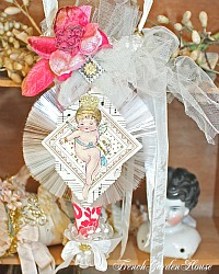 Magical Artist Gift Cone Decoration Crowned Cherub