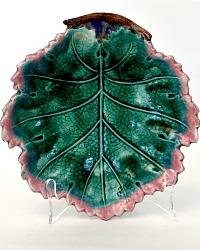 19th Century Majolica Leaf Bowl Etruscan Large