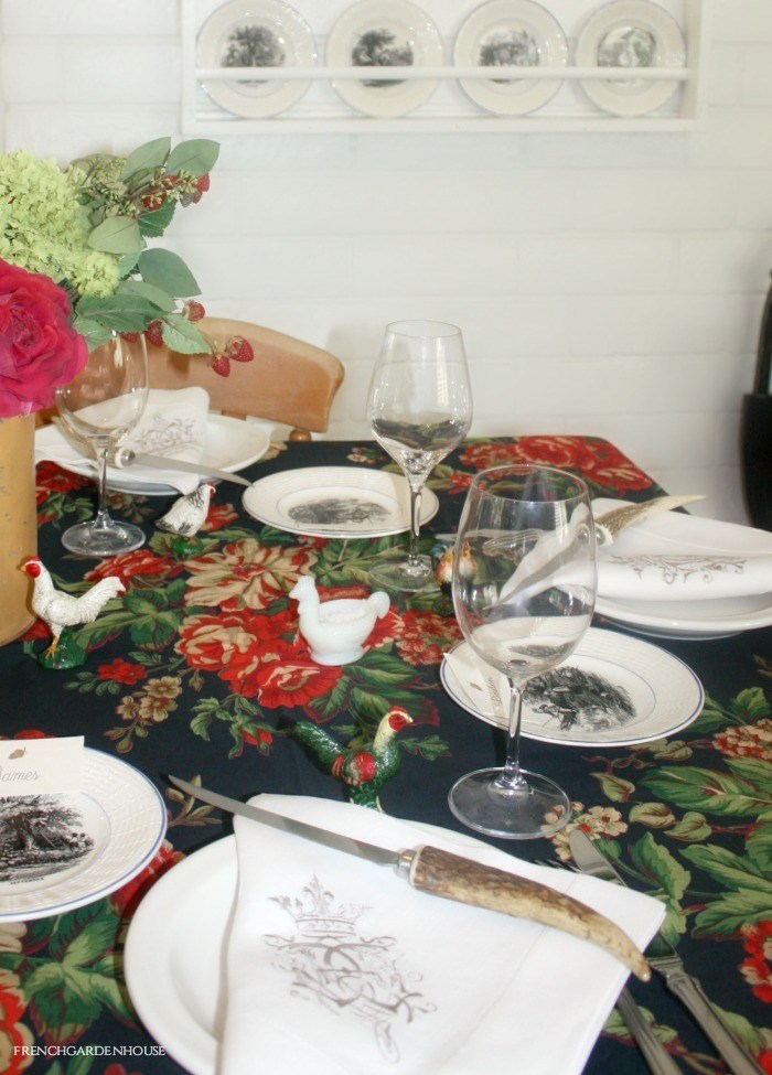 Blackwatch Red Rose and Hydrangea Tablecloth Black