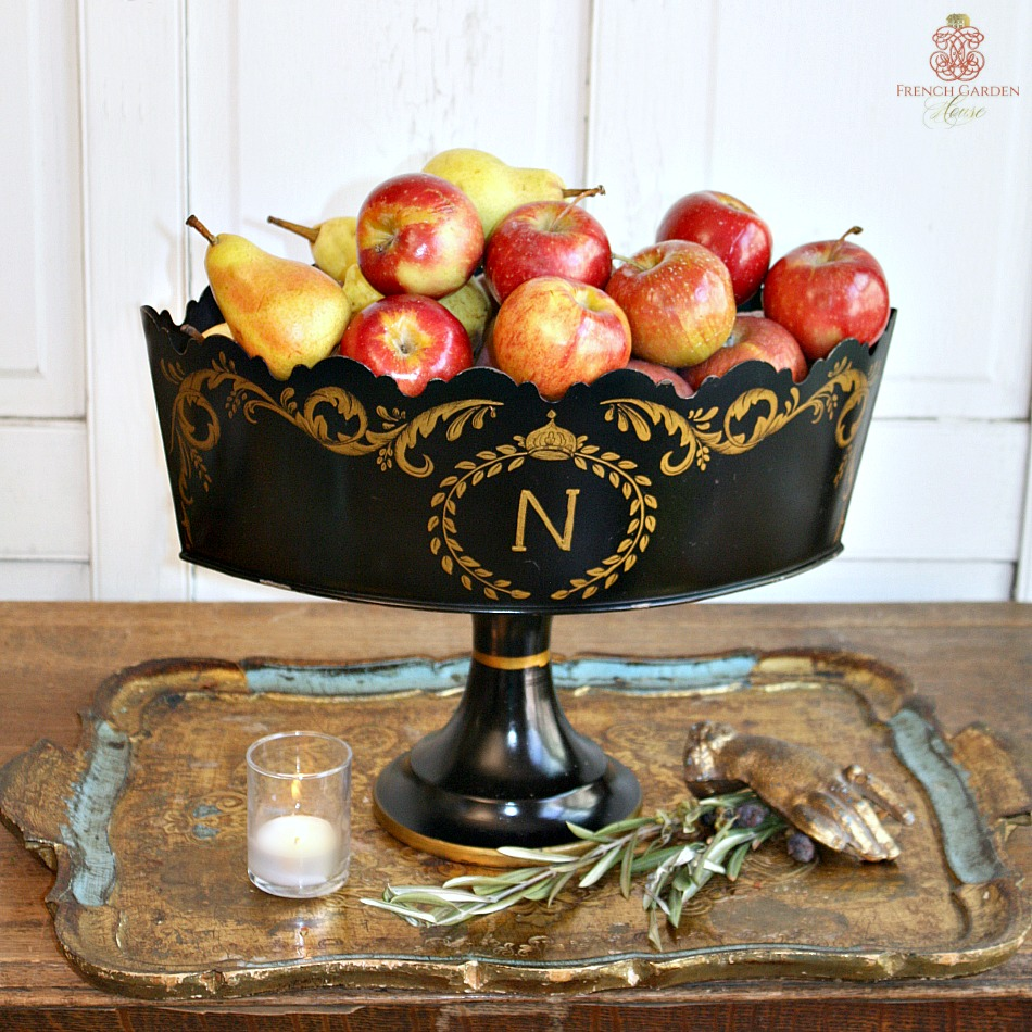 Neoclassical Footed Toleware Footed Monteith Bowl Compote
