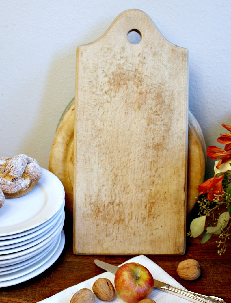 Vintage Country Cutting Board