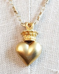 Georgia Hecht Gold Coeur Necklace