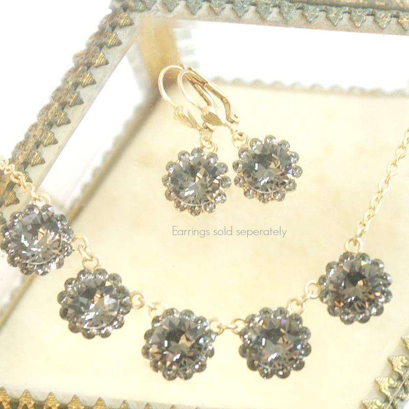 Gold French Fleur Parisian Diamant Cut Crystal Necklace
