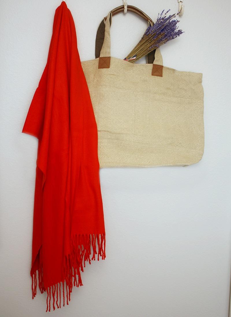 Luxurious Cashmere Wrap Le Rouge