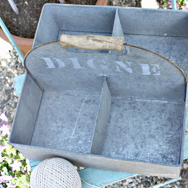Zinc French Country Style Garden Digne Carrier