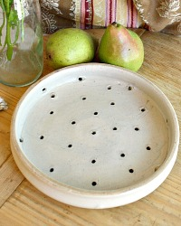 French Country Assiette Egouttoir or Fromage Frais Drainer