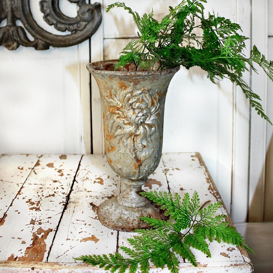 19th Century French Cast Iron Jardin Vase Chrysanthemum