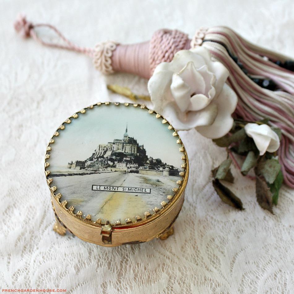 Antique French Grand Tour Souvenir Jewelry Box St. Michel