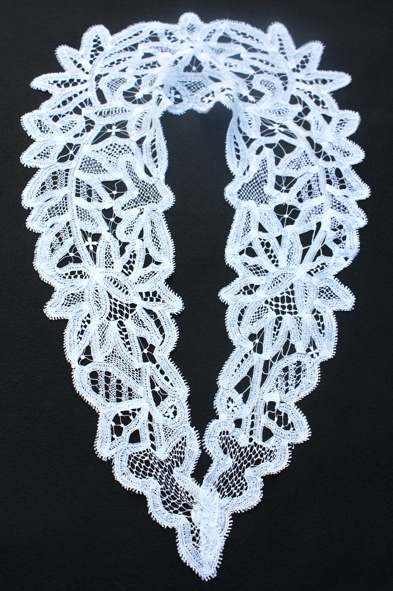 Antique 19th Century Belgian Bobbin Lace Collar