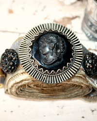 One of a Kind Vintage Statement Black Cameo Rhinestone Bracelet