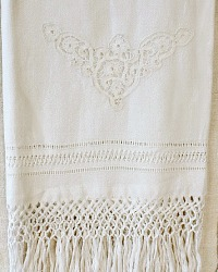 Antique 19th Century Italian Bobbin Lace Show Towel with Knotted Fringes