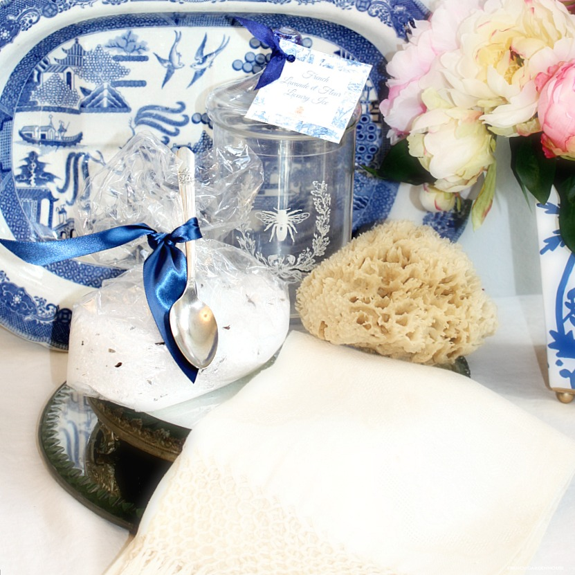 French Lavande et Fleur Bath Luxury Ice Gift Set