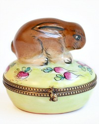 Vintage French Limoges Hand Painted Rabbit Box