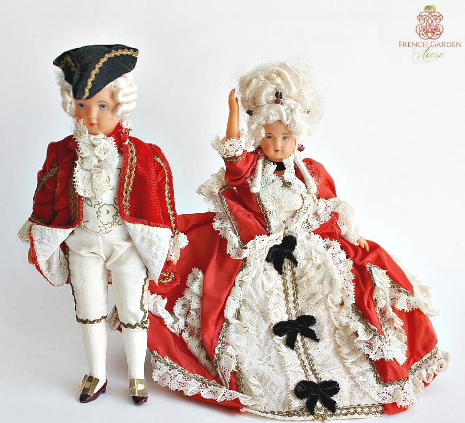 Vintage Souvenir Marie Antoinette & Louis XVI Costume Doll Pair