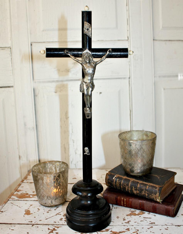 Antique French Napoleon III Ebonised Wood Crucifix Skull