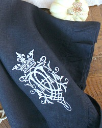 Luxurious Organic Linen White Royal Crest Ruffled Napkin Navy Blue Set of 4