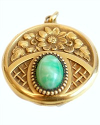 Keepsake Floral Gold Filled Locket Green Stone