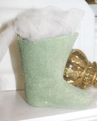 Parisian Atelier Pere Noel Glitter Ornament Boot Green
