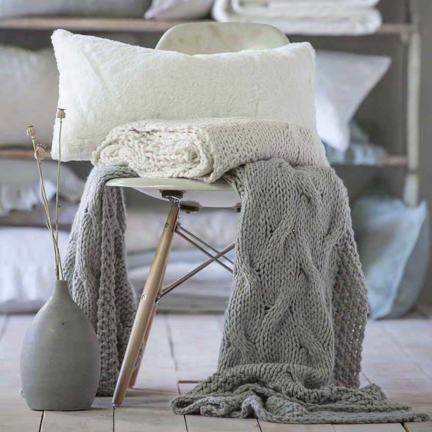 PomPom at Home Malibu Cableknit Throw Blanket