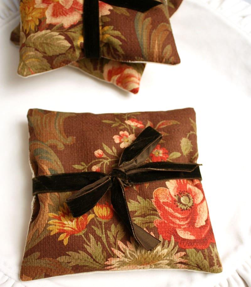 Vintage Lauren Floral Balsam Sachet Pillow