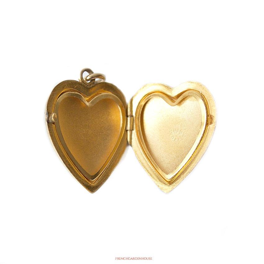 Antique Gold Heart Locket Necklace
